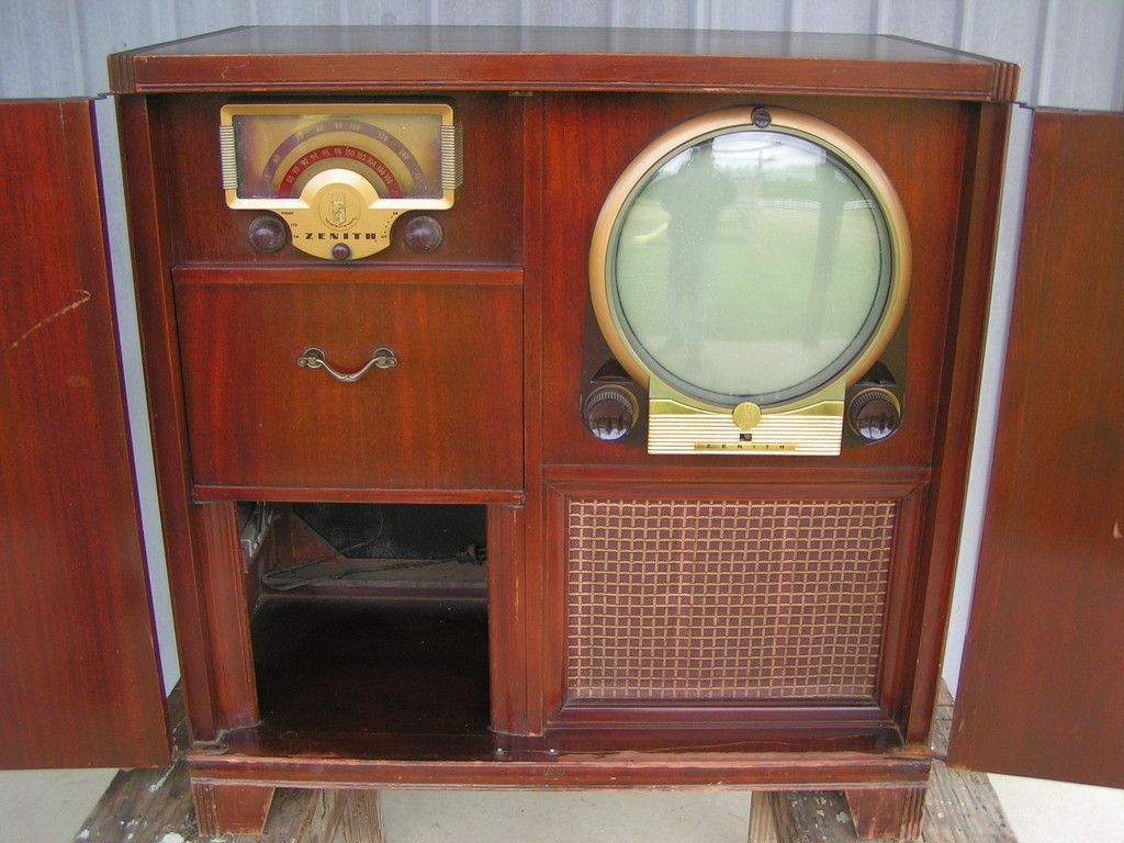 Very Cool...!Vintage 1950 Zenith Console Television Porthole T.V Radio & Record Player