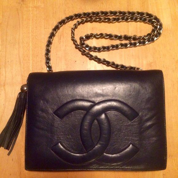 060a09211eb5 Vintage Chanel Lambskin Tassel Flap Purse Beautiful, very soft black supple  leather, vintage early