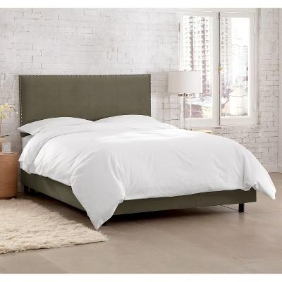 Custom Upholstered Nail Button Border Bed - Velvet Pewter - King - Skyline Furniture
