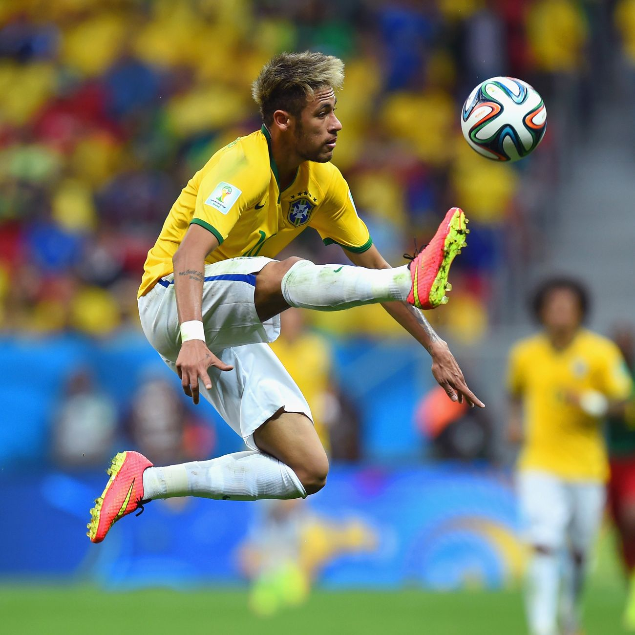 Neymar is a soccer player so motivates me do keep pushing