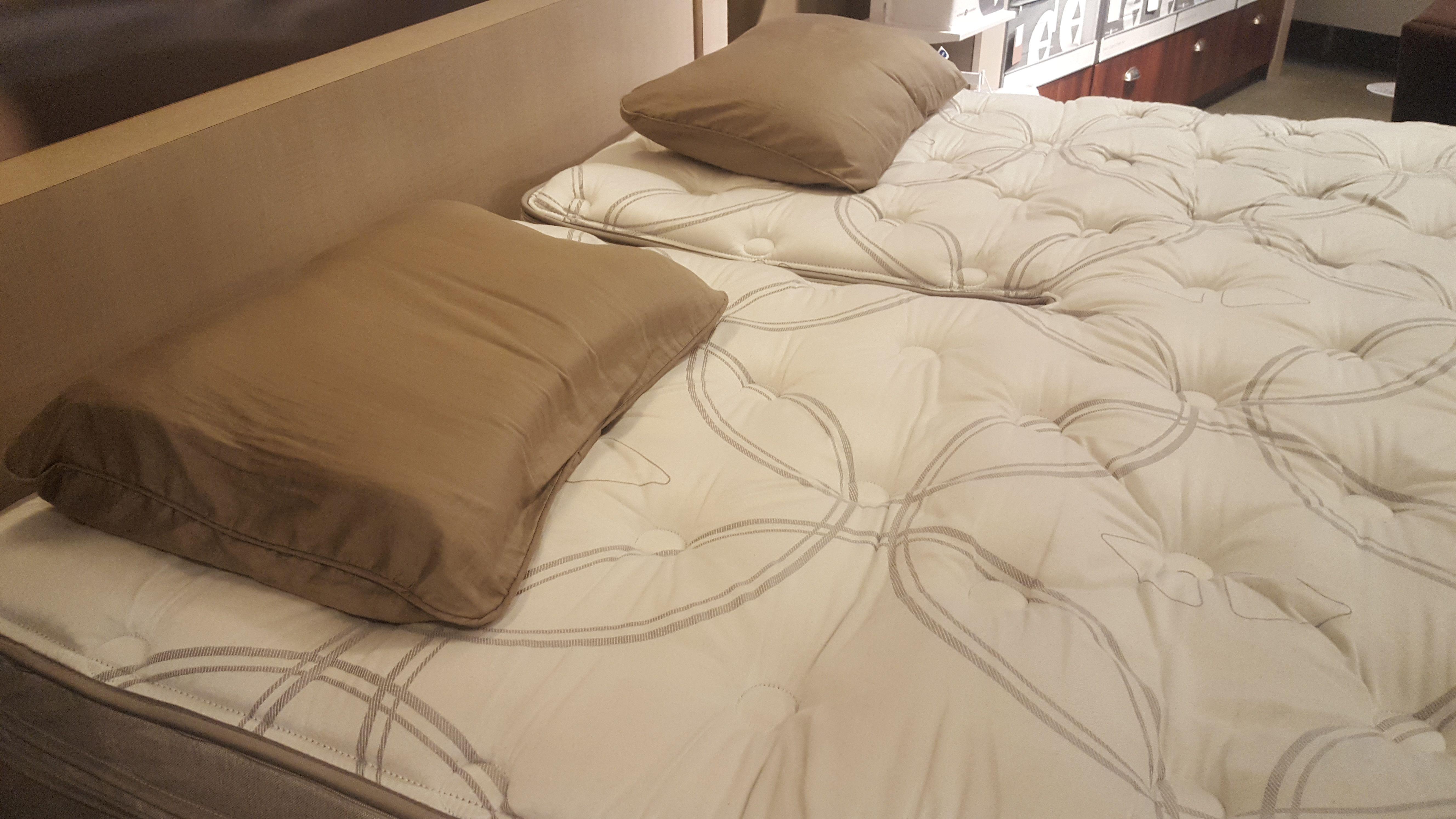 I8 mattress with Sleep IQ technology at Sleep Number store
