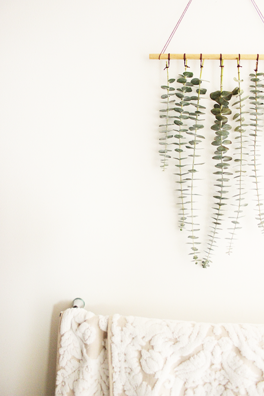 All the ways to decorate with eucalyptus this winter - Wall hanging ideas for bedrooms ...