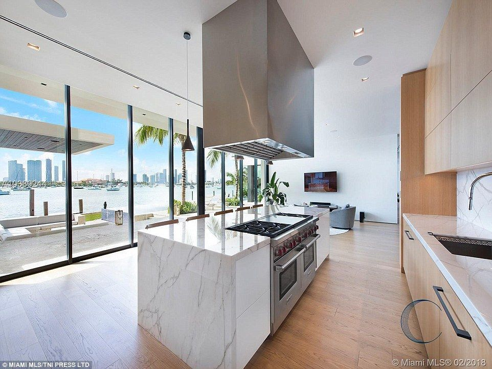 Astounding Cool Ideas Affordable Counter Tops Sinks Unique Interior Design Metal Stainless Steel Grey Gray Walls