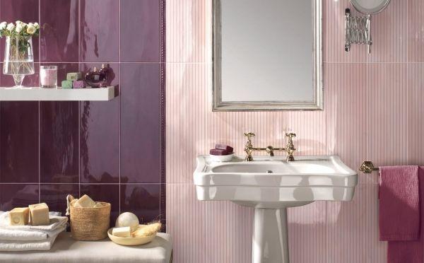 Ideen · Streifen Fliesen Badezimmer Rot Lila