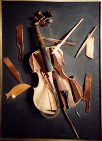 """broken"" Google Image Result for http://cdnimg.visualizeus.com/thumbs/1e/93/photography,violin,broken,musical,instrument-1e939d4fdce0e27948af4910da295f3f_h.jpg"