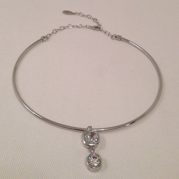 T Tahari Silver Crystal Drop Necklace T Tahari. Like new condition. No tarnish Tahari Jewelry Necklaces