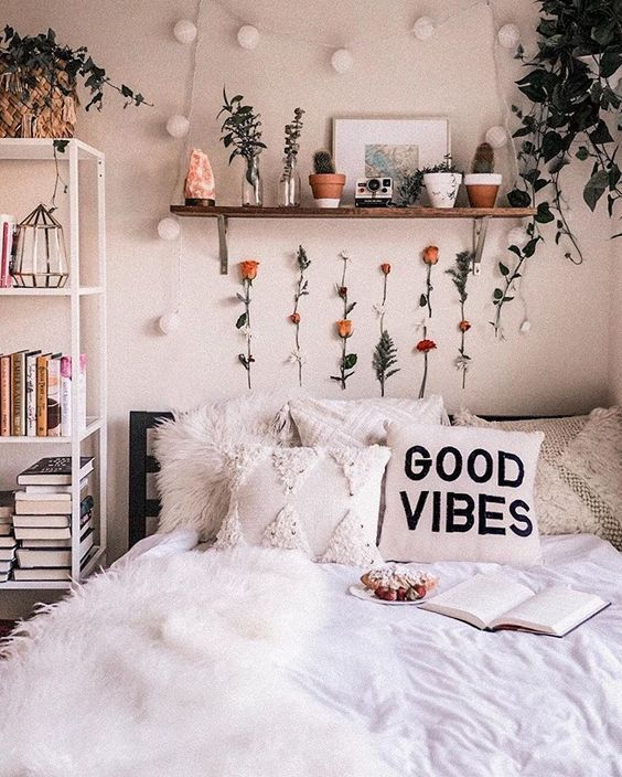 36 Cozy Bedroom Interior Ideas For Starting Your Home Improvement #bedroomdecor  #wohnheimzimmer  #roomdecor  #dormroomdecor