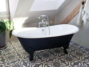 #Bristol   Freistehende #Nostalgie Badewanne Die Freistehende Badewanne  Bristol Die Wundervoll Geschwungenen Wannenränder