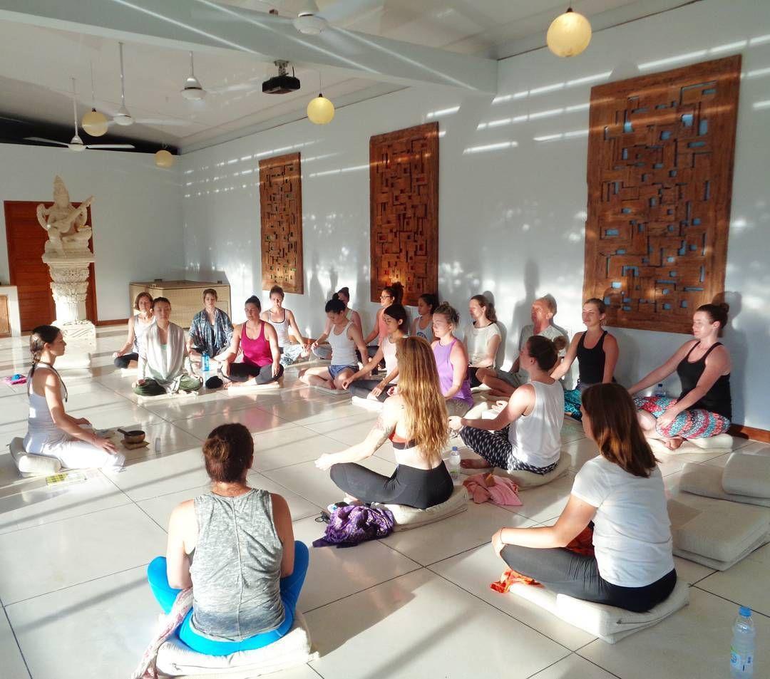 http://www.blooming-lotus-yoga.com/retreats