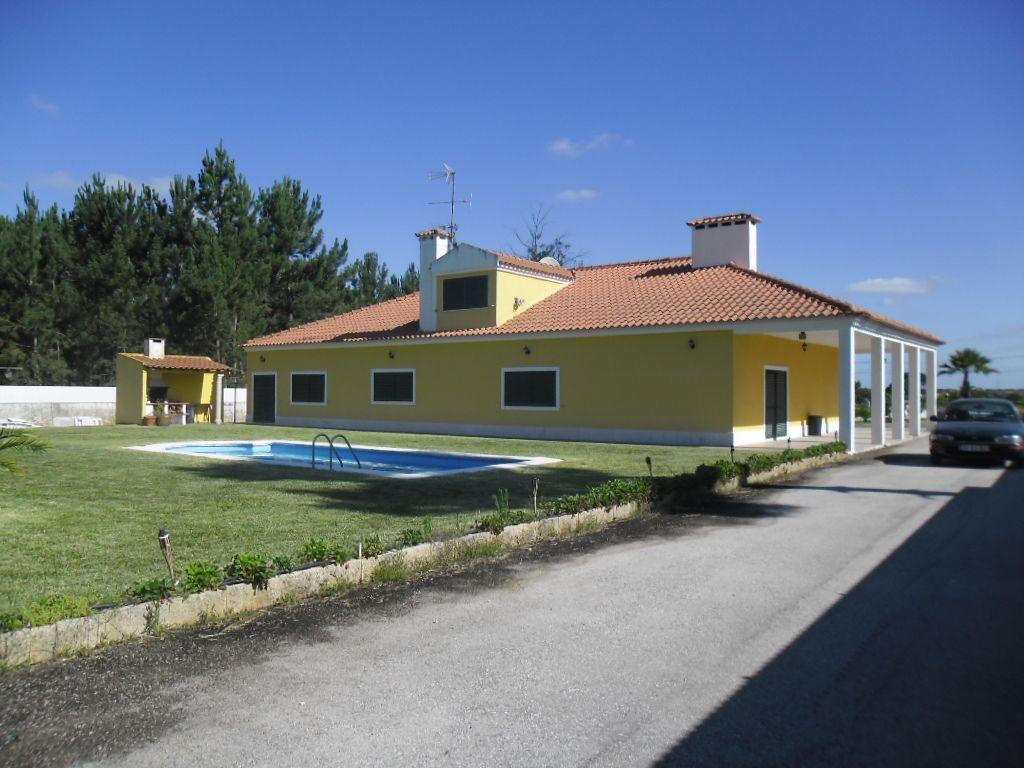 Quinta c/ 22000m2, piscina, pomar, casa c/ 450m2 de construção