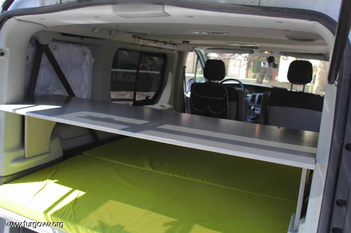 renault trafic camper google search trafic pinterest. Black Bedroom Furniture Sets. Home Design Ideas