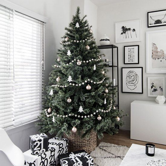 Christmas Tree Simple Decorating Ideas: Simple Tree Decorating Ideas For A Modern Minimal