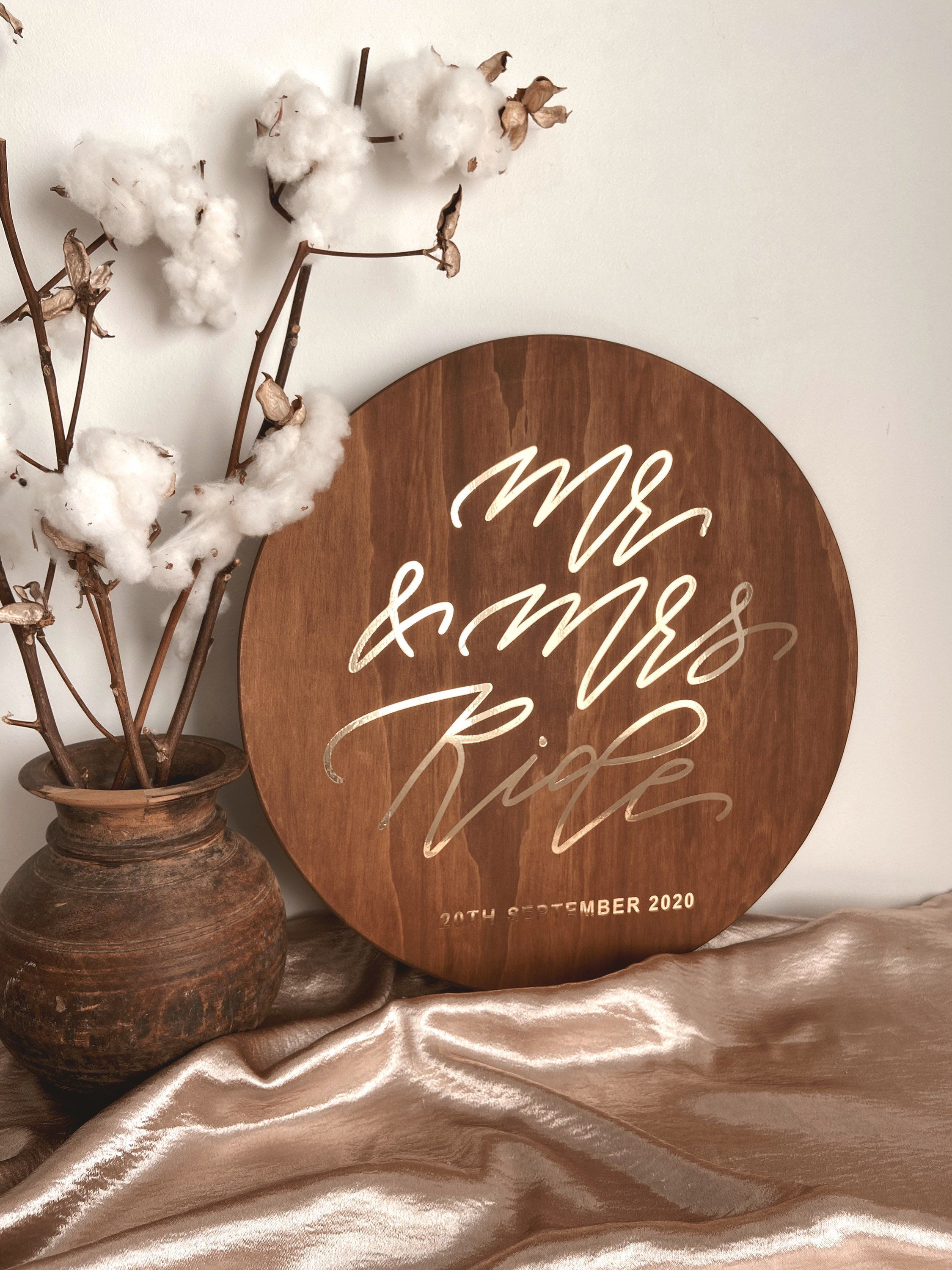 Mr Mrs Round Wedding Wooden Welcome Sign Mrs And Mrs Mr And Mrs Circle Reception Sign Personalised Custom Wedding Engagement Sign Wooden Welcome Signs Welcome Sign Engagement Signs