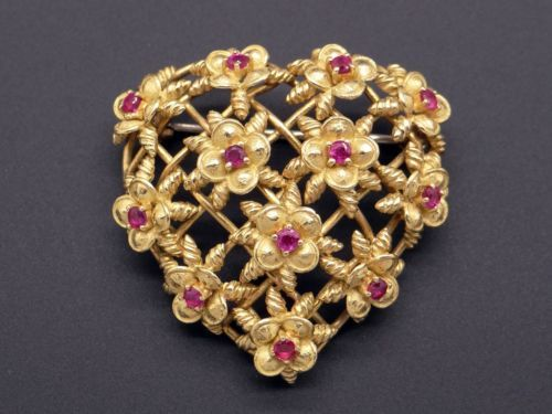 9b6373cabaa Tiffany-amp-Co-18k-Yellow-Gold-78ct-Round-Ruby-Flower-Heart-Brooch-Pin