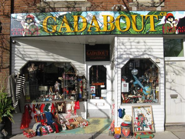 Gadabout Vintage Clothing Store This Store Has An Amazing Collection Of Vintage Clothing For Men Vintage Outfits Vintage Clothing Stores Vintage Clothes Shop