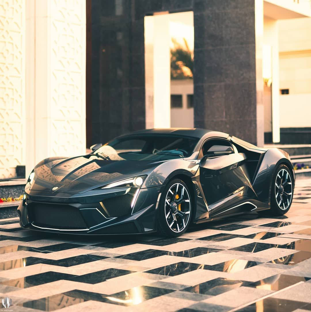 Can You Guess How Many Horse Power The Wmotors Fenyr Supersport Produces Pic Akashugly Wmotors Fenyr Supersport Carros Y Motos Carro Deportivos Motores