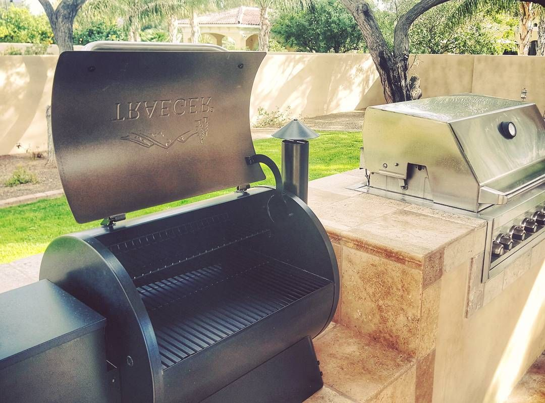 A Friend Asked Me What Type Of Smoker To Purchase To Complement His Outdoor Kitchen Tr Outdoor Kitchen Grill Outdoor Kitchen Design Outdoor Kitchen
