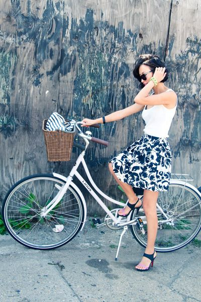 Love This Skirt As Well Beautiful Bike Bicycle Girl Bicycle