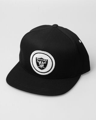 Mitchell   Ness Oakland Raiders NFL Novelty Patch Snapback Hat ... eea74f193a6