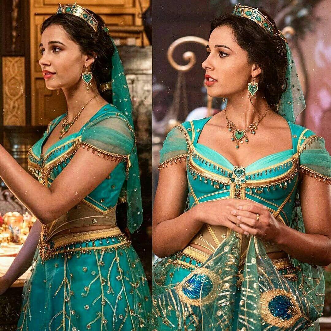 Quem assistiu o filme Aladdin? A princesa Jasmine tem looks maravilhosos!  Escolha 1-5 qual você gosta mais? | Princesa jasmine, Aladdin, Princesas