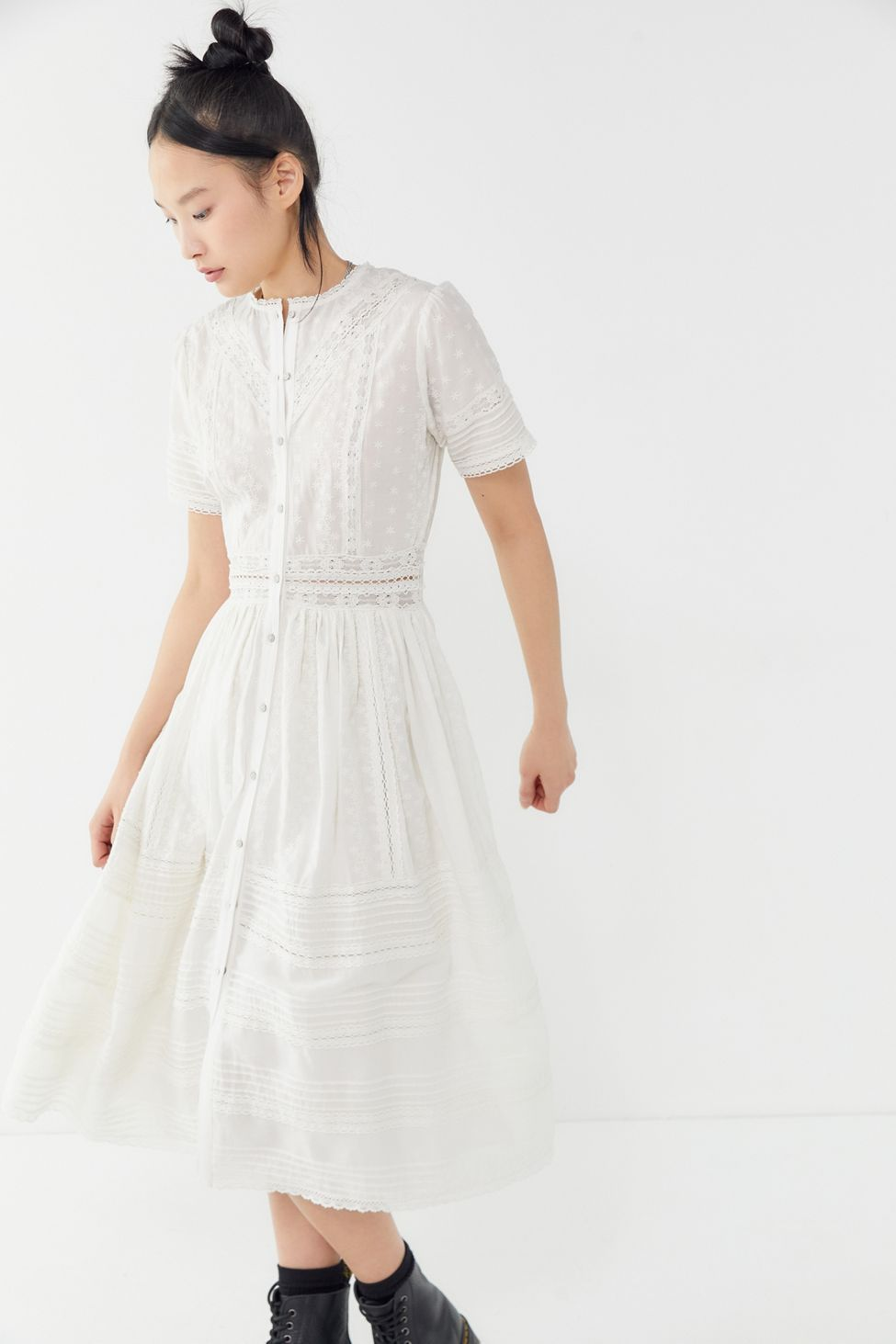 b02f61e1089 UO Victoria Eyelet Button-Front Midi Dress in 2019