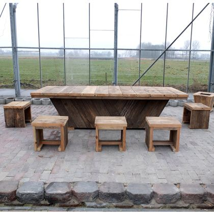 Unterwasserholz Tisch Frankfurt Unsere Unterwasserholz Kommt Aus Hollandische Kanale Das Holz Bekommt Beim Hausundgart Gartenmobel Sets Holz Bauen Mit Holz