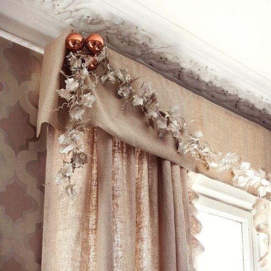 decoracion con accesorios en ventanas cortinas para Navidad - cortinas para ventanas