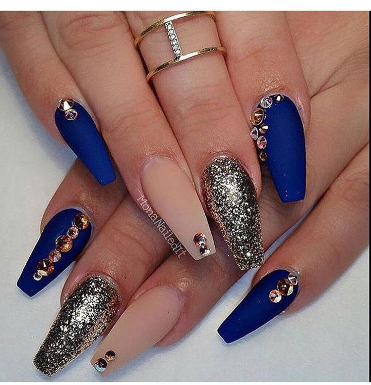 Royal blue + nude nails #glitter | Nail art | Pinterest | Nude nails ...