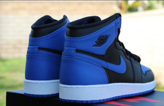 best authentic b0cef 18921 Jordan 1s Black & Blue | Sneakers I want to cop | Sneakers ...