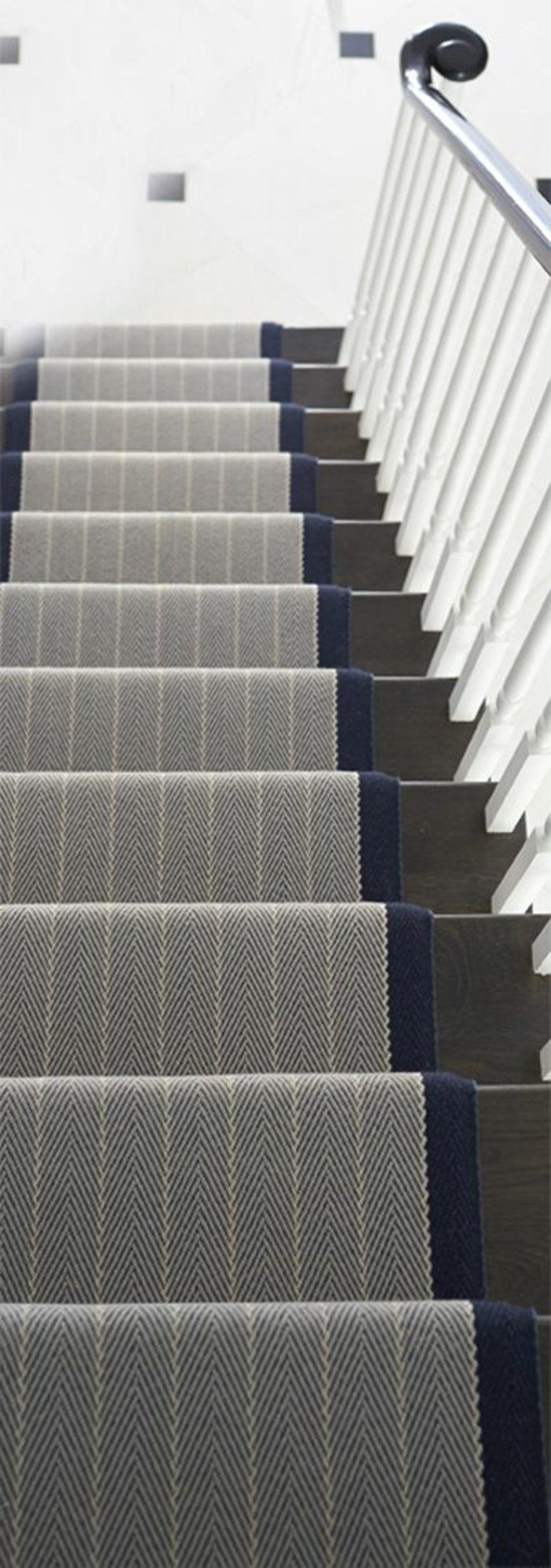 Le tapis pour escalier en 52 photos inspirantes saints for Moquette saint maclou