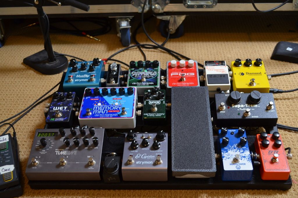 andy othling pedalboard if you want to learn to play ambient guitar check him out pedal. Black Bedroom Furniture Sets. Home Design Ideas