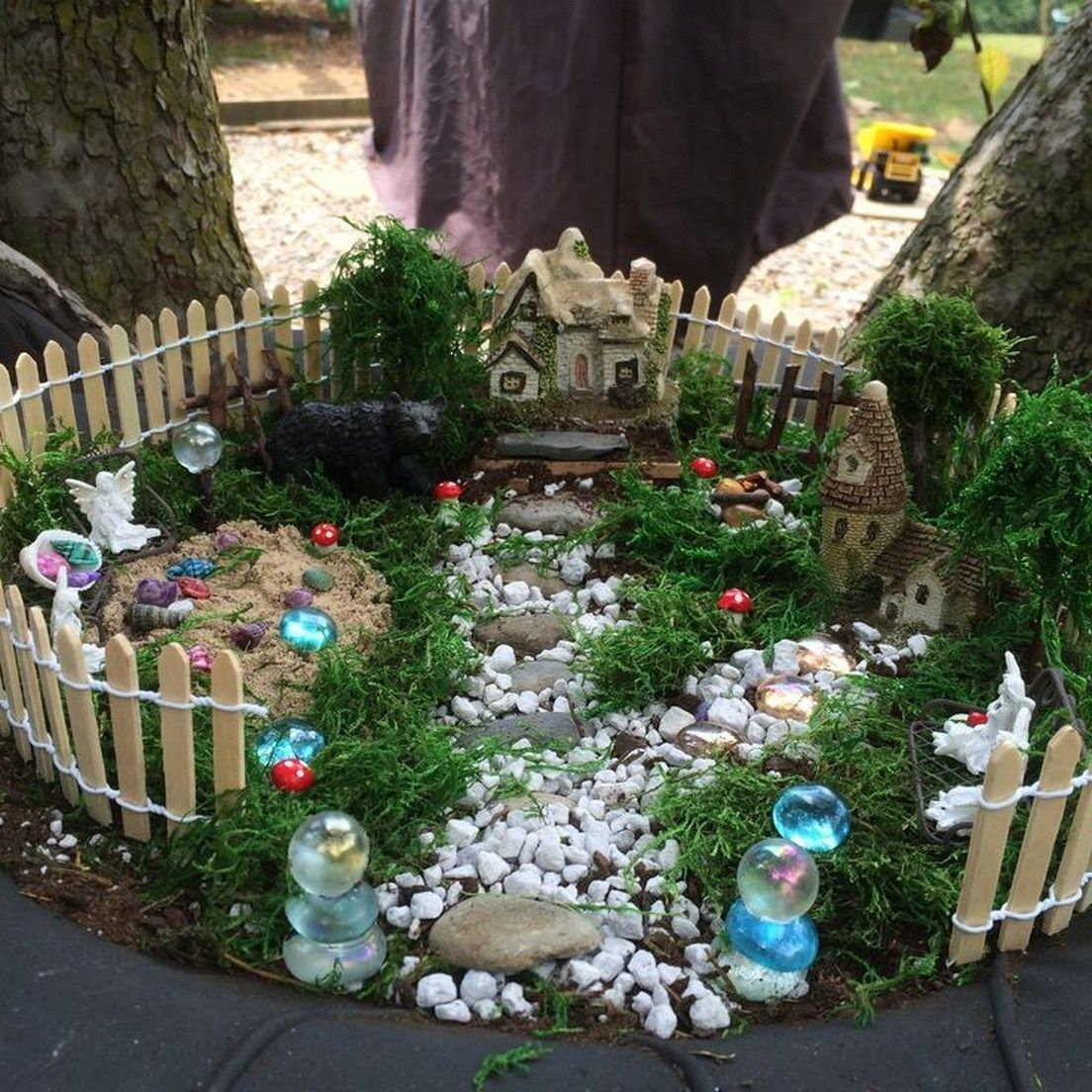 43 Beautiful And Easy Fairy Garden Ideas For Kids Fieltro Net Miniature Fairy Gardens Indoor Fairy Gardens Fairy Garden