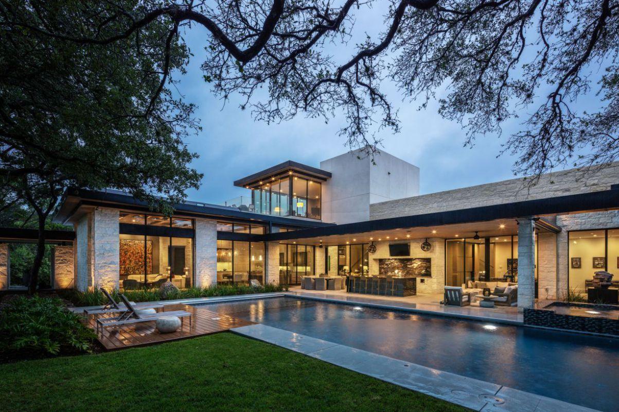 Contemporary in Austin by Bernardo Pozas Residential