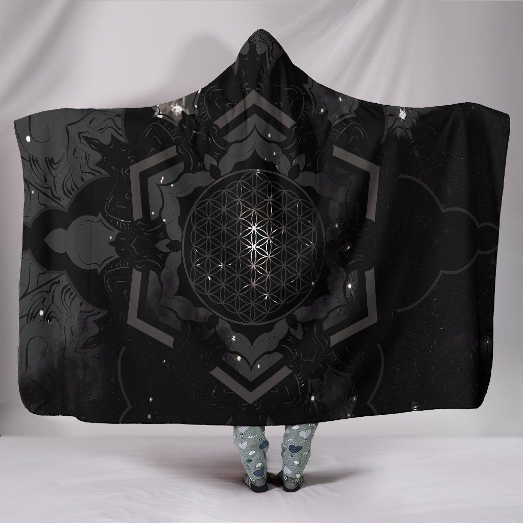 Photo of Sacred Flower – Hooded Blanket – Sacred Flower / Adult 80×60