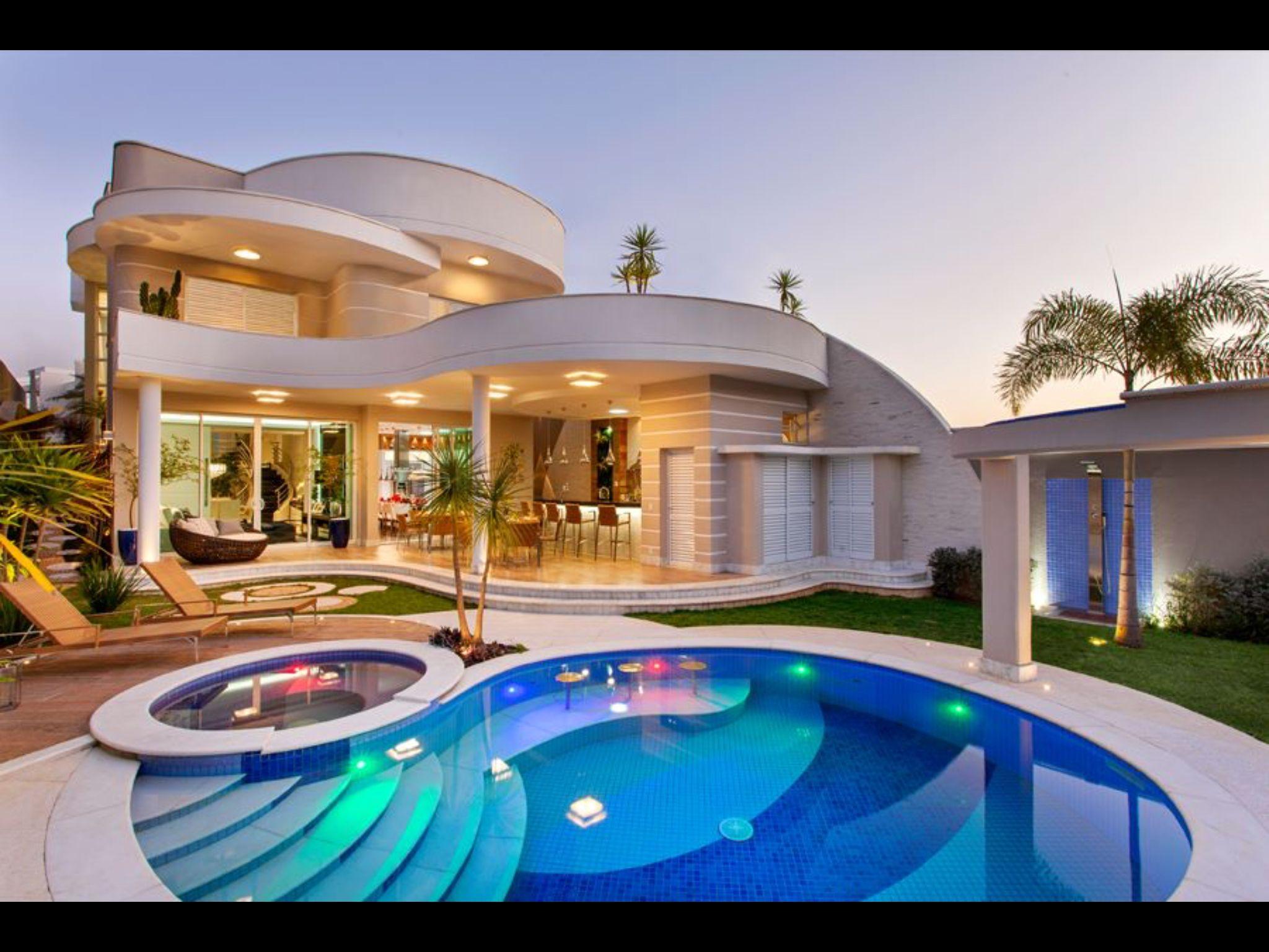 Pin de norma nava en garden pinterest piscinas casas for Mansiones modernas