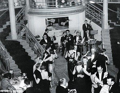Cafe de Paris 8 March 1941