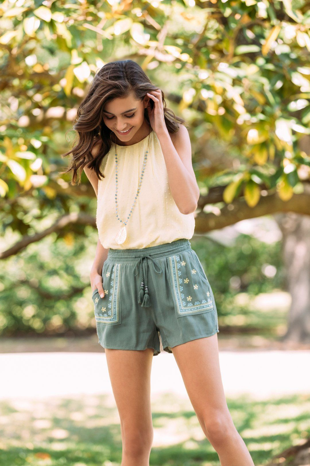 404 Error Cute Outfits With Shorts Casual Summer Outfits Summer Outfits Women [ 1620 x 1080 Pixel ]