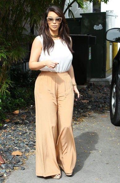Kim Kardashian Wide Leg Pants   Beige pants, Wide leg pants and Colors