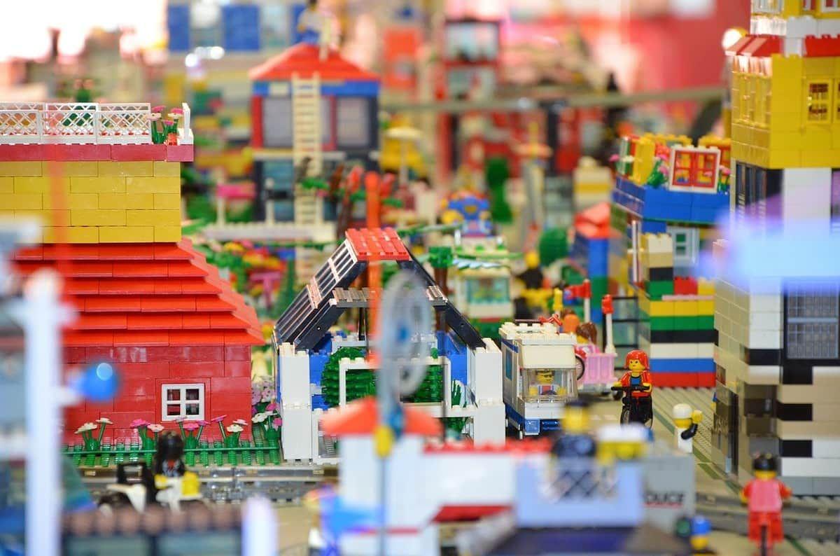 Legoland, Playmobil, Tierpark Hellabrunn sono alcune delle migliori attrazioni per bambini in Baviera. Scoprile tutte!