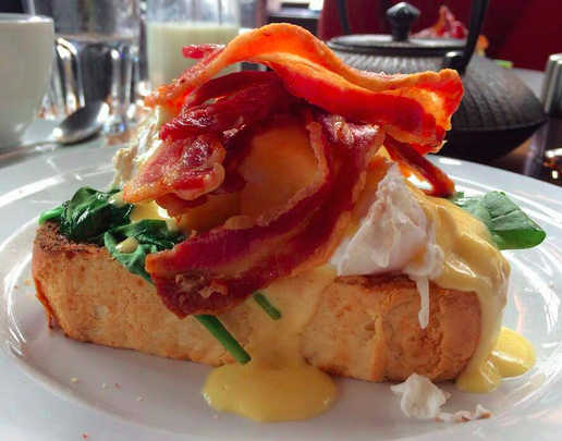 This Stellar Brunch Spot Serves Some Of The Deadliest Dishes In Town