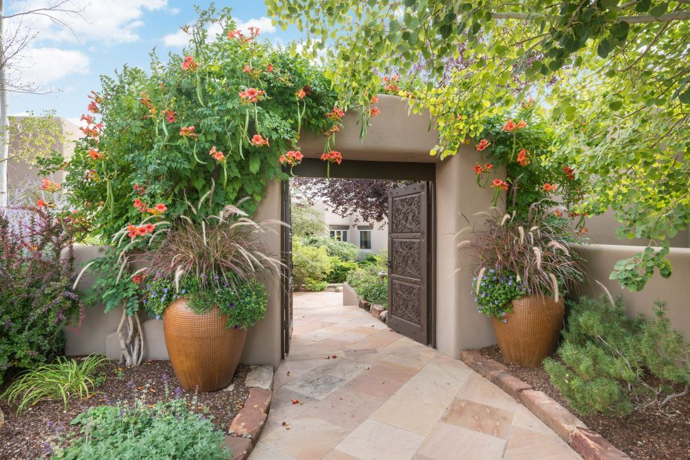 Santa Fe Garden Gate Santa Fe Style Courtyard Pool Santa Fe Real Estate