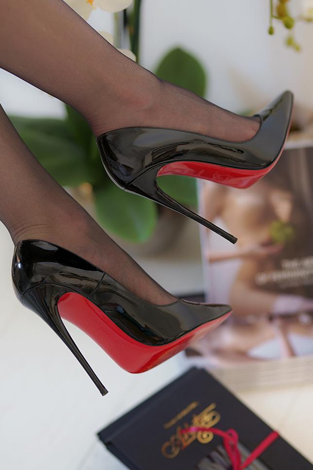 acheter chaussures louboutin