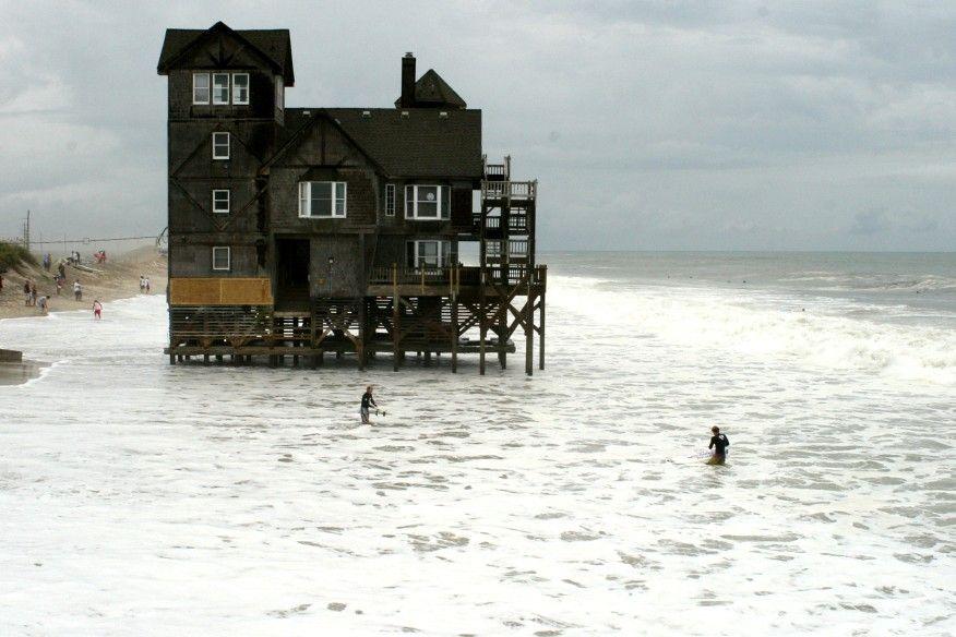 Everything Outer Banks: Nights in Rodanthe House Successfully Moved | Rodanthe  house, Rodanthe, North carolina homes