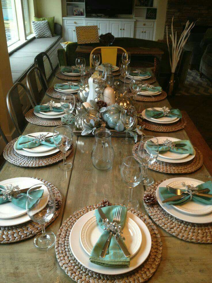 Thanksgiving table & The Tiffany blue will be the tablecloths and the rolled flower ...