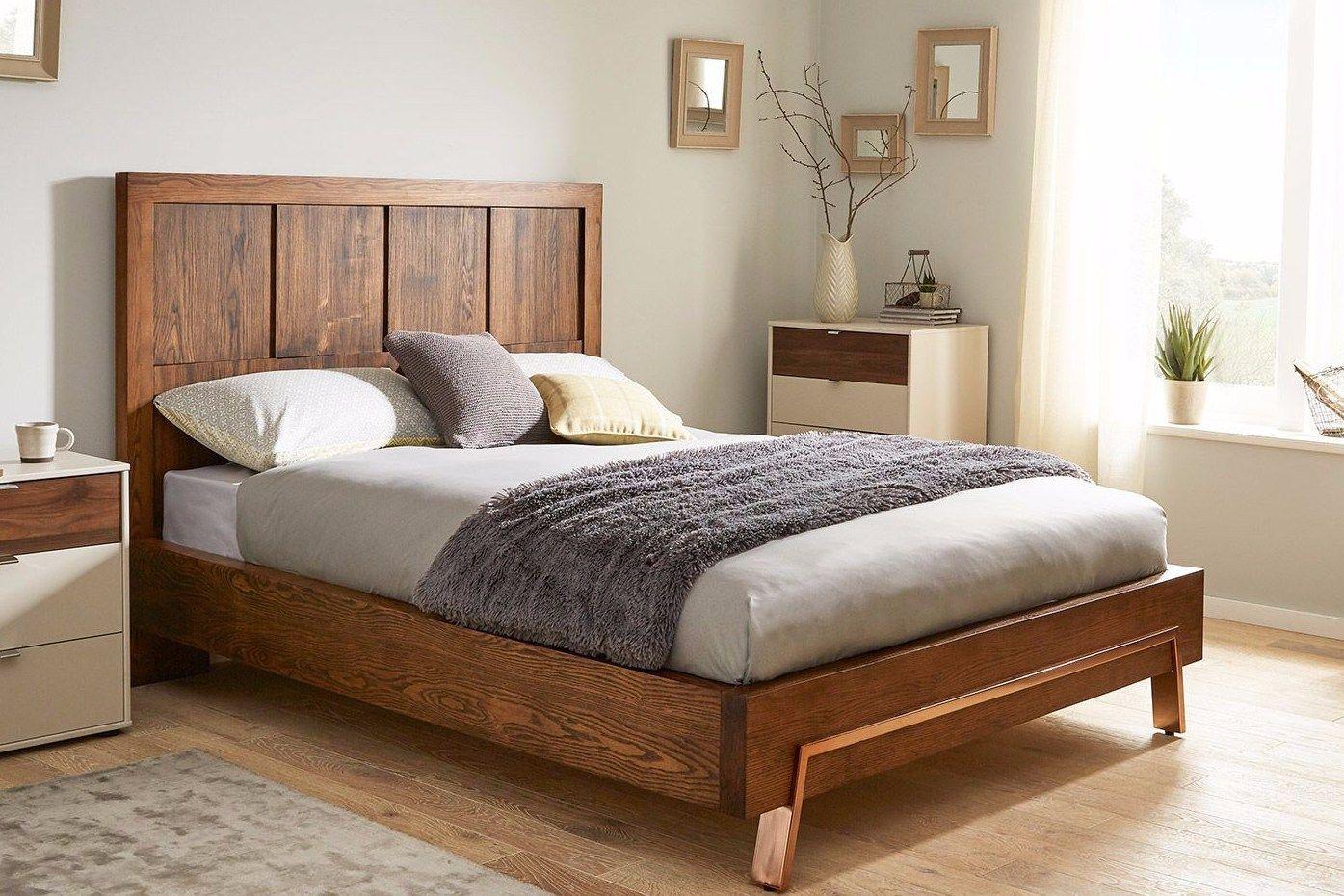 Model Tempat Tidur Kayu Sederhana