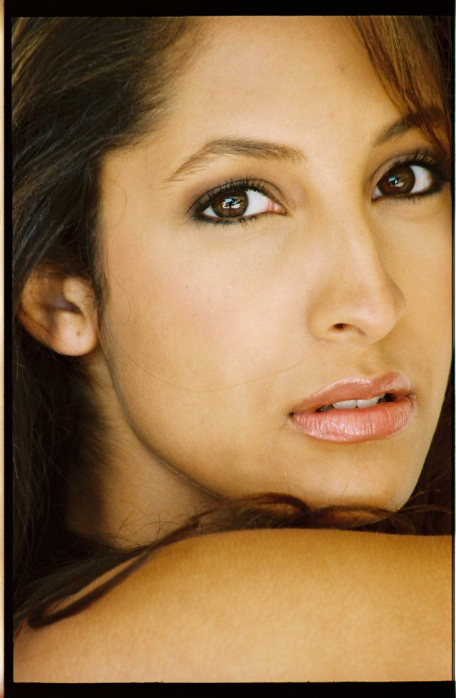 Christel khalil lily winters ashby on young and the for Christel khalil tattoos