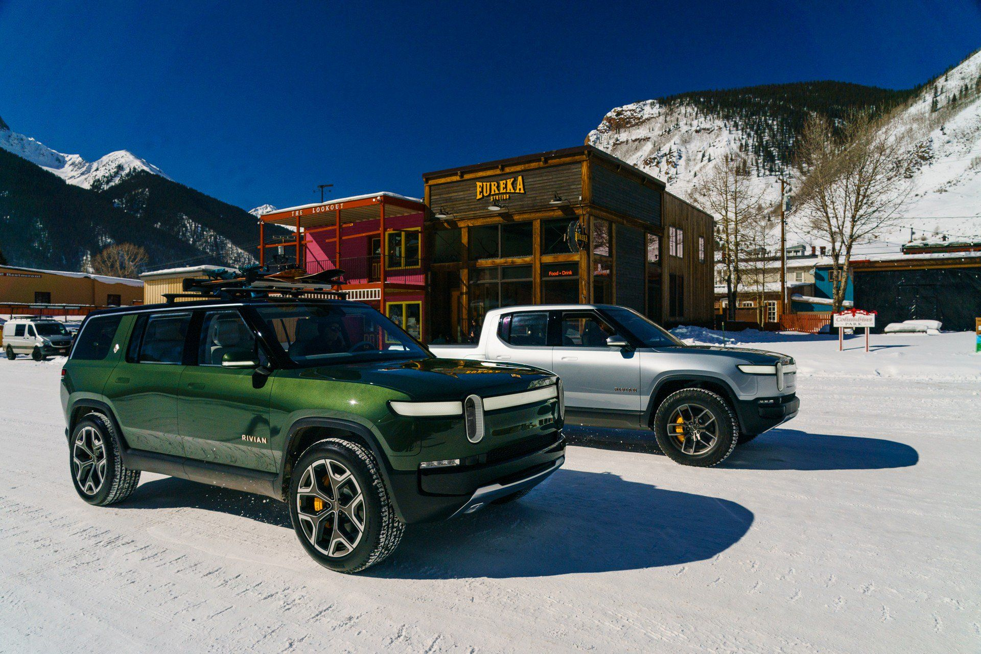 Ford Teams Up With Rivian For New Battery Electric Model Suv