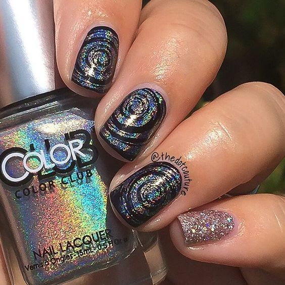 26 Awesome Mirror And Metallic Nail Art Ideas Glitter Accent Nails