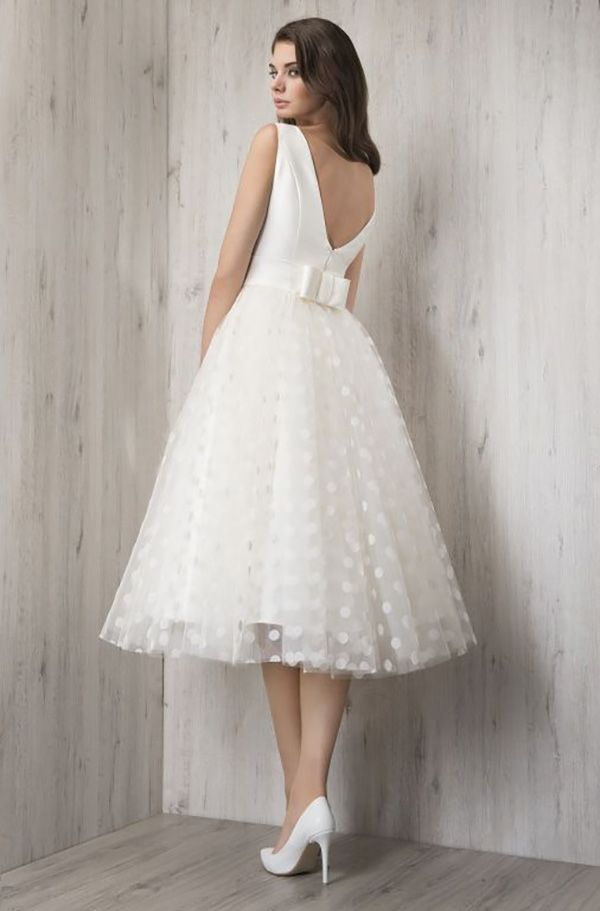 89151cf6920 Top 24 Wedding Dress Styles for Petite Bride-to-be, 2019 | Ντουλάπα ...