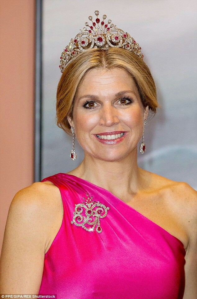Queen Maxima At State Dinner In Canada May 27, 2015 At ...